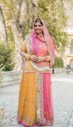 Indian Gowns Dresses, Royal Dresses, Dress Indian Style, Indian Outfits, Rajasthani Dress, Rajasthani Art, Gota Patti Jewellery, Wedding Lehenga Designs, Embroidery Suits Punjabi