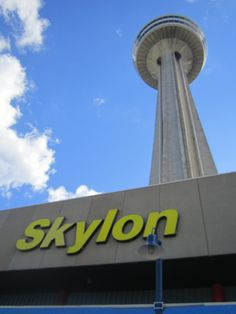 The Weather Was Perfect For Our View Of Niagara Fallsas Seen Mesmerizing Skylon Revolving Dining Room Decorating Design