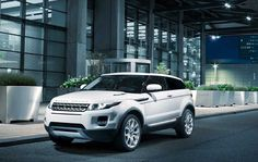Range Rover Evogue.. totally in love with it!