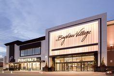 Revitalize a major entrance to an affluent shopping center – create the mood with Lumenpulse. Design Exterior, Facade Design, Mall Design, Retail Design, Building Facade, Building Design, Retail Facade, Retail Architecture, Facade Lighting