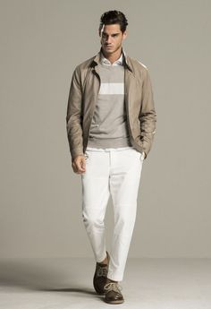 See the complete Brunello Cucinelli Spring 2016 Menswear collection. Fashion Moda, Fashion Show, Mens Fashion, Milan Fashion, Luxury Fashion, Streetwear, White Chinos, Outfits Hombre, Male Fashion Trends