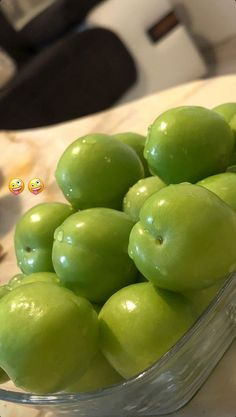 Kinds Of Snacks Fruits And Vegetables Snapchat Selfies, Food Snapchat, Instagram And Snapchat, Profile Pictures Instagram, Instagram Story Ideas, Bread Shaping, Snap Food, Camera Art, Food Backgrounds