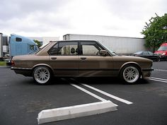 1985 BMW 5-Series Hartge H5S Maintenance/restoration of old/vintage vehicles: the material for new cogs/casters/gears/pads could be cast polyamide which I (Cast polyamide) can produce. My contact: tatjana.alic@windowslive.com