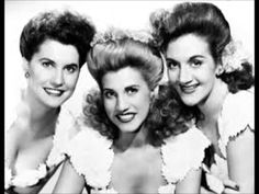 The Andrews Sisters - Beer Barrel Polka (Roll Out The Barrel) - (1956).