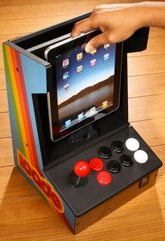 Cool Stuff We Like Here @ CoolPile.com ------- << Original Comment >> ------- Turn your iPad into an old school gaming console.