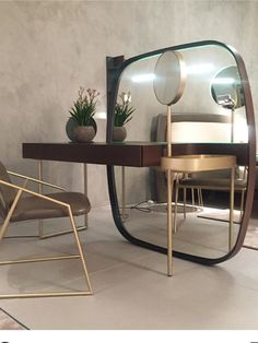 Modern dressing table / vanity