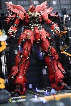 GUNDAM GUY: MG 1/100 Full Armor Sinanju - Diorama Build