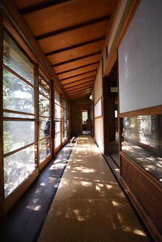 House with Engawa in Saga Arashiyama floor (Ukyo Ward, Kyoto City, Kyoto Prefecture) Japan Architecture, Architecture Details, Interior Architecture, Pavilion Architecture, Sustainable Architecture, Residential Architecture, Contemporary Architecture, Japanese Home Design, Traditional Japanese House