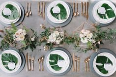 Copper + green industrial modern wedding place setting Inspiration décoration industrielle mariage