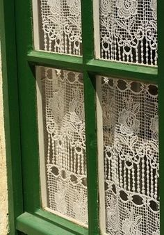 Amazing what a difference color makes! #emeraldgreen, #trends, #lace - 2013 Color of the Year: Emerald Green Irish Cottage, Crochet Curtains, Lace Curtains, Country Curtains, Gypsy Curtains, Purple Curtains, Luxury Curtains, Short Curtains, Ikea Curtains