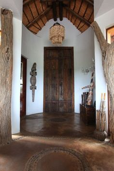 Welcoming Elegance at Molori Safari Lodge, -SouthAfrica. African Interior Design, African Design, Interior Design Inspiration, Design Ideas, Global Home, Global Style, African Home Decor, South African Decor, African Theme