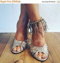 ON SALE Boho anklet silver/Bridal anklet knit/shoe by SonizDesign