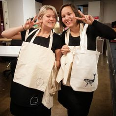 Dont miss out on our last screen printing classes for the year! Fabric Printing for Beginners and Paper Printing for Beginners this Saturday Dec 10 from 10am, or next Friday 16th from 11am. $260 each or $230 each if you book with a friend. See our website for details. There's still time to print a professional set of last minute gifts, from posters to tea towels to tees! Once you've got the basic skills down, you can also come back and create more with our Print Club Membership, just in time… Fabric Printing, Last Minute Gifts, Tea Towels, Screen Printing, Reusable Tote Bags, Friday, Posters, Club, Website