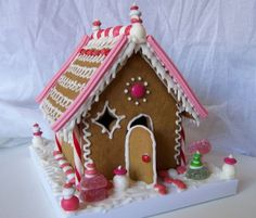 Cookie Creations: Pink Gingerbread House