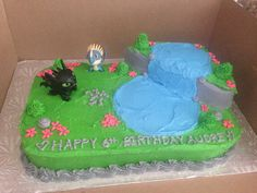 How To Train your Dragon Cake. Hmm...Aiden's choice.
