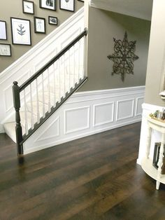 6 Resourceful Tips AND Tricks: Craftsman Wainscoting Hallways gray wainscoting fireplaces.White Wainscoting Wood Trim wainscoting around windows craftsman style.Wainscoting Living Room Home. Home Renovation, Home Remodeling, Kitchen Remodeling, Wainscoting Stairs, Wainscoting Ideas, Wainscoting Kitchen, Painted Wainscoting, Diy Wainscotting, Wainscoting Nursery