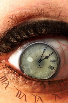 Eye with Clock Iris. By Artist Chris Halderman . Art Actuel, Eyes Without A Face, Vanitas, Eye Art, Surreal Art, Surreal Photos, Cool Eyes, Photo Manipulation, Beautiful Eyes