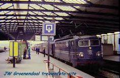 In de tijd dat het allemaal nog sfeerwas op station Schiedam Rotterdam ... Rotterdam, Locomotive, Holland, Dutch, Locs, Electric, The Nederlands, Dutch Language, The Netherlands