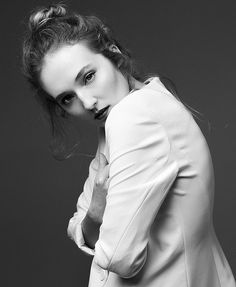 Bea131dny Photography Picture A9852109portrait Ideas Posesself Portrait WomenSelf Creative Black White