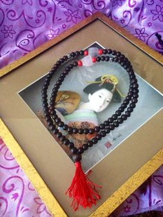 Red  Wood Prayer beads yoga meditation by TriquetraBoutique
