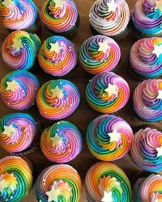 Rainbow or unicorn cupcakes with Stars. #cupcakes