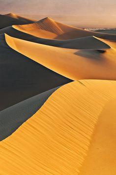 Mesquite Sand Dunes - Death Valley National Park, California.