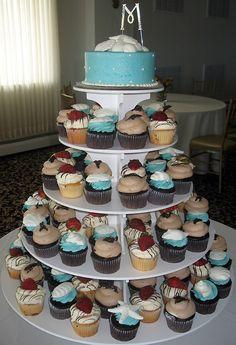beach themed wedding cupcake idea