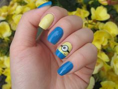 Minion Nails... omg.