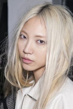 If I had no one to impress, I would go platinum blonde. Love this chic, Soo Joo.