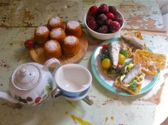 A blog that recreates meals from novels! This one is tea with Mr Tumnus from Narnia. Love this idea.