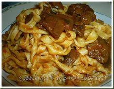 Le Ricette della Nonna: Tagliatelle ai funghi Homemade Pasta, Bolognese, Waffles, Bacon, Breakfast, Food, Morning Coffee, Eten, Waffle
