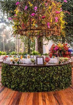 Wedding Reception Ideas, Wedding Venues, Wedding Planning, Bar For Wedding, Rustic Wedding Bar, Rustic Weddings, Wedding Goals, Garden Wedding, Perfect Wedding