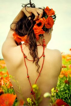 ❀ Flower Maiden Fantasy ❀ beautiful art fashion photography of women and flowers - Orange Poppies Gypsy Style, Bohemian Gypsy, Hippie Style, Bohemian Style, Bohemian Hair, Bohemian Girls, Bohemian Summer, Hippie Chic, Orange Poppy
