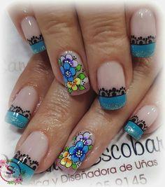Flower and lace nail art Lace Nail Art, Lace Nails, Hair And Nails, My Nails, Toe Nail Designs, Creative Nails, Nail Arts, Pretty Nails, Acrylic Nails