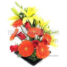 Centro Mesa con Rosas en Triada de Color m1462| Envia Flores