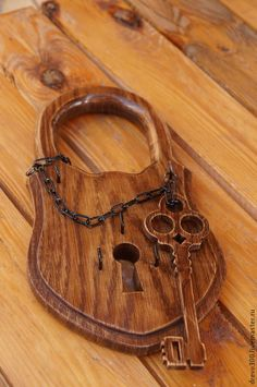 Easy Projects, Wood Projects, Woodworking Plans, Woodworking Projects, Macrame Bracelet Diy, Key Chain Holder, Pyrography, 21st Birthday, Wood Crafts