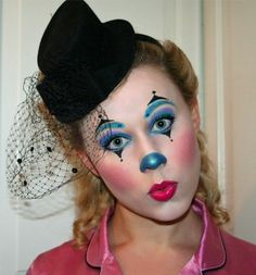 Clown make-up made easy - funny ideas and instructions-Clown schminken leicht gemacht – lustige Ideen und Anleitung clown make up eye shadow blue purple lipstick black hat - Clown Face Makeup, Clown Face Paint, Eye Makeup, Easy Clown Makeup, Jester Makeup, Maquillage Sugar Skull, Female Clown, Clown Faces, Purple Lipstick