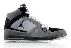 jordans Jordan 1 Flight, Michael Jordan, Dress To Impress, Air Jordans, Kicks, My Style, Sneakers, Baskets, How To Wear