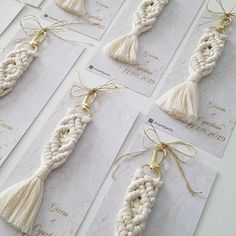 Hediyelik Makrome Anahtarlık🌿 Sipariş&Bilgi DM🌿 #makromeanahtarlık #makrome #macrame #anahtarlık #hediyelikler #düğünhediyeleri… Nissan, Yarn Wall Hanging, Macrame Projects, Crotchet, Tassel Necklace, Elsa, Handmade Items, Diy Crafts, Personalized Items