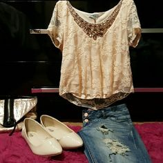 Lace nude crop top Peach/nude crop top with jeweled neckline. Short sleeves are lace and shows the shoulder, there is a lining at the bottom with the lace over it. Size small, worn once, perfect condition. Charlotte Russe Tops Crop Tops