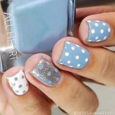 """If you're unfamiliar with nail trends and you hear the words """"coffin nails,"""" what comes to mind? It's not nails with coffins drawn on them. It's long nails with a square tip, and the look has. Short Nail Designs, Colorful Nail Designs, Gel Nail Designs, Usa Nails, Nailart, Polka Dot Nails, Halloween Nails, Nails Inspiration, Beauty Nails"""