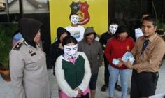 Polisi Surabaya Gerebek Panti Pijat Plus Plus