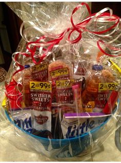 Birthday or valentine day basket for bae