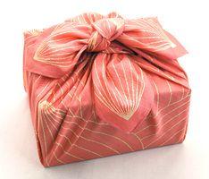 風呂敷Lotus  (Furoshiki---wrapped in cloth!)