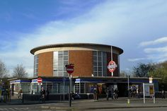ARNOS GROVE TUBE STATION | ARNOS GROVE | ENFIELD | LONDON | ENGLAND: *London Underground: Piccadilly Line* Photo: 2012