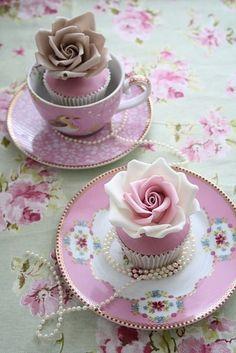 www.weddbook.com everything about wedding ♥  Wedding Cupcakes #wedding #cupcake #vintage