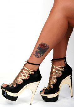 Sexy Heels, Stiletto Heels, Shoe Boots, Shoes Sandals, Gold High Heels, Shoe Art, Beautiful Shoes, Me Too Shoes, Peep Toe