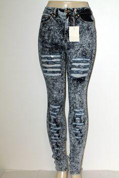 DENIM 4 US Distressed Straight Leg High Waist Jeans 1123111 #DENIM4US #SlimSkinny
