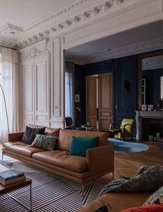 Home Decor Accessories Spacious Living Room, Living Room Sofa, Living Room Decor, Landskrona Sofa, French Decor, Elegant Homes, Inspired Homes, Beautiful Interiors, Home Decor Accessories