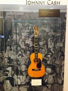 Johny Cash guitar